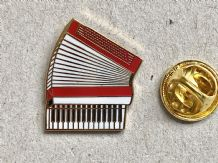 ACCORDION MUSICAL INSTRUMENT - PIN BADGE